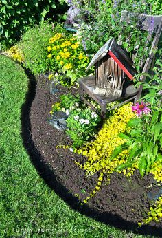 How to Edge Flower Beds. Like a Pro! how to edge flower beds like a pro, flowers, gardening, Isn t this edge pretty Trust me this is very easy to do All you need are three tools you likely already have on hand Brick Garden Edging, Garden Borders, Lawn Edging, Concrete Garden, Beautiful Flowers Garden, Beautiful Gardens, Landscaping With Rocks, Backyard Landscaping, Landscaping Ideas