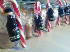 Mason Jar Hot Cocoa Gifts With Baileys Liquor christmas mason jars christmas gifts christmas ideas christmas gift ideas stocking stuffers stocking stuffer ideas stocking stuffers for women stocking stuffers for men
