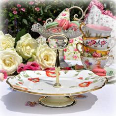 cake stand comports and cake plates