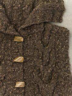 detailing on Conan Doyl vest in JUNO