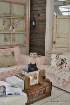 so shabby chic ~ love the pink window frame and old door