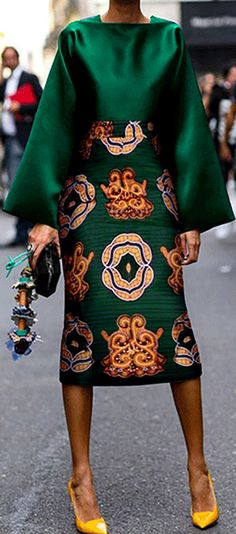 Summer Women Long Sleeve Printed Fashion Midi Plus Size Dress Hot Sale!Summer Women Long Sleeve Printed Fashion Midi Plus Size Dress - Unique Long Hairstyles Ideas Fashion Mode, Look Fashion, Womens Fashion, Fall Fashion, Runway Fashion, African Fashion Dresses, African Dress, Mode Outfits, Fashion Outfits