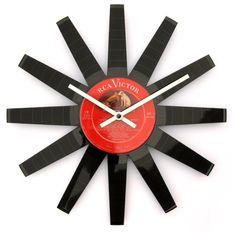 This fun and funky clock is made from a repurposed vinyl LP record! Old Vinyl Records, Vinyl Record Clock, Vintage Records, Records Diy, Vinyl Record Projects, Home Music, Dj Music, Geek Home Decor, Diy Clock