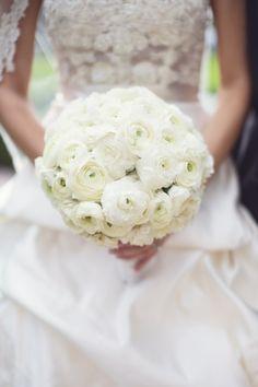 Round bouquet, gorgeous!