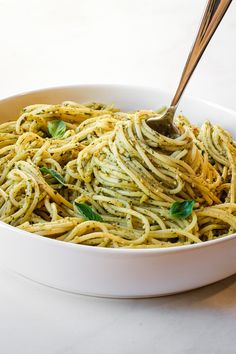 healthy, vegan pasta recipes that make it easy to eat plant-based and satisfy your family and friends too. Recipes are WFPB-No Oil--or easily made so. Cookbook Recipes, Raw Food Recipes, Pasta Recipes, Free Recipes, Vegetarian Recipes, Dinner Recipes, Healthy Pasta Dishes, Healthy Pastas, Healthy Foods