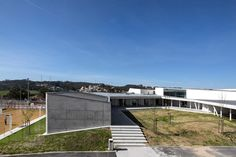 canecas high school by ARX in portugal