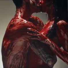 Maroon 5 frontman Adam Levine was once crowned People's Sexiest Man Alive. The bloody animal carcasses and disconcerting style of music video auteur Samuel Bayer are creepy enough without Levine's play on very serious… Demon Aesthetic, Gore Aesthetic, Maroon Aesthetic, Vampires, Vampire The Requiem, Avatar, American Horror Story, Creepy, Music Videos
