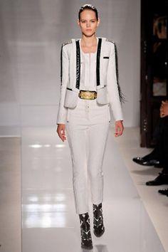Trend: White; Balmain #fashion