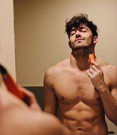 "6,957 mentions J'aime, 221 commentaires - BENJAMIN THORPE (@benjithorpe) sur Instagram: ""Si Tu tampoco quieres volver a comprar recambios, ni preocuparte de comprar cuchillas usa Barbero…"""