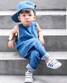 Cute Baby Boy Photos, Cute Kids Pics, Baby Boy Pictures, Toddler Boy Fashion, Cute Kids Fashion, Little Boy Fashion, Baby Boy Dress, Baby Boy Outfits, Kids Outfits