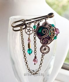 OOAK teal and purple steampunk pin. €45,00, via Etsy.