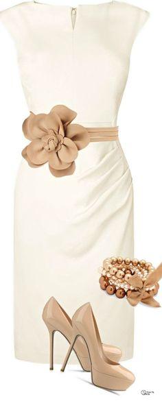 Standesamt: Weiß mit Hochzeitsfarbe kombinieren (Schuhe auch fürs andere Kleid)