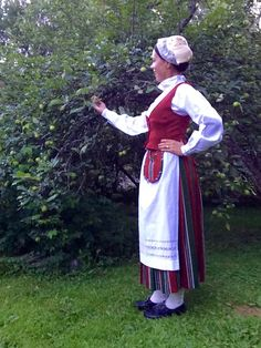 Folk Costume, Costumes, Traditional Dresses, Finland, Apron, Beauty, Collection, Fashion, Beleza