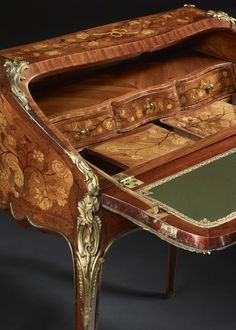 Circa Who Furniture Product Furniture Ads, French Furniture, Furniture Styles, Wooden Furniture, Antique Furniture, Furniture Design, Luis Xvi, Luigi, Parquetry