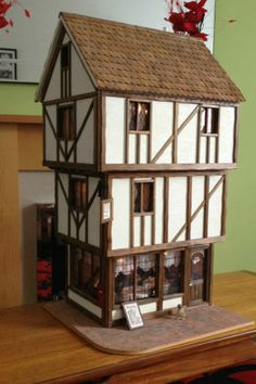 1000 images about doll houses miniatures tudor english - What makes a house a tudor ...