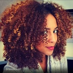 @Goodhairmagazine is what happens when the editor of Good Hair Magazine curates an Instagram account dedicated to natural hair. | 17 Instagram Accounts That Are Winning At Natural Hair