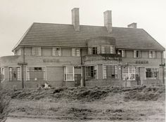 The New Inn, 1960, on the island at the junction of South Road and High Park Avenue, was demolished for housing in the 1980s