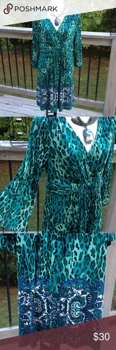 Soma dress New with tags, pretty animal print pattern work dress or church with flare sleeves, in good condition Soma Dresses