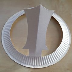 A simple paper plate is turned into a Chakkr with a little Khanda sword on it! Make this Khanda Chakkr with your little ones and talk about Sikh Turban. Easter Bunny Ears, Fluffy Bunny, Bunnies, Art For Kids, Crafts For Kids, Arts And Crafts, Sikhism Religion, Simple Art, Easy Art