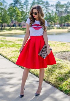 For The Love of Fancy wearing t+j Designs lips tee and midi skirt.  Such a perfect Valentine's day look!
