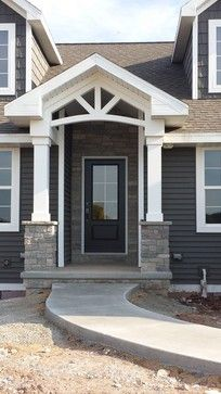 Trendy Ideas Exterior Paint Colors For House With Porch Columns Exterior Siding, Exterior Remodel, Exterior House Colors, Exterior Design, Craftsman Exterior Colors, Facade Design, Exterior Paint Colors For House With Stone, Gray Siding, Cafe Exterior