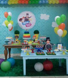 Começar a semana mostrando essa festa do tema Bita linda que rolou em Petrolina esse fim de semana, lá no Pirueta Buffet. Os bonecos em feltro são da Daise Sandy (lindo demais o trabalho dela), e o bolo de Michela Menezes (apaixonei!). Toda a montagem é do pirueta buffet (@rosamamn). Amei, amei! #festabita #festabitanocorujas