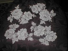 Vintage French Chantilly Lace Appliques ivory by yesteryearglam