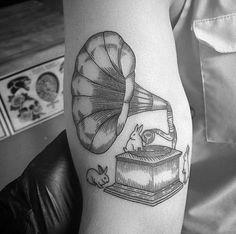tattoo - bunny's - music - gramophone