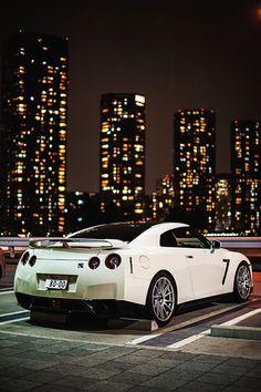Hermoso Nissan GTR