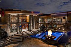 Contemporary beauty in Phoenix, 5335 N Invergordon Road Paradise Valley, AZ 85253 - page: 1