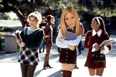 """Sarah Michelle Gellar was originally offered the role of Cher Horowitz, but had to turn it down due to scheduling conflicts with """"All My Children."""""""