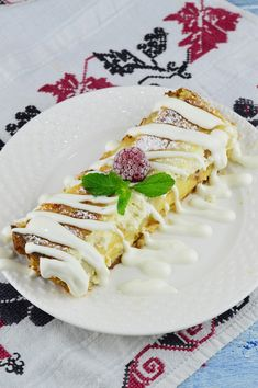 Romanian Food, Romanian Recipes, Cake Recipes, Mango, Food And Drink, Sweets, Cooking, Pastries, Desserts