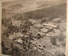 Vanha ilmakuva tehdasmiljööstä
