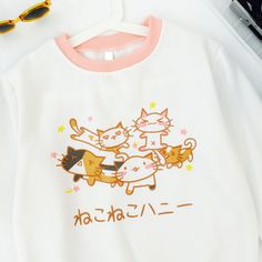 """Material:cotton Color:white. Size:free size Shoulder:40cm/15.6 . Bust:104cm/40.56"""". Sleeve length:59cm/23.01"""". Length:64cm/24.96"""". (tip:1mm=0.039inch) Tips: *Please double check above size and conside"""