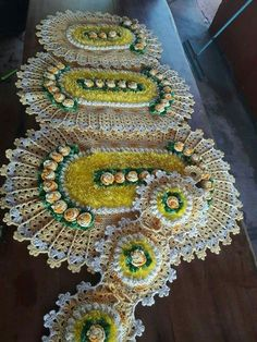 Crocheted Bathroom Set Ideas for Crochet Lovers Free Crochet Doily Patterns, Crochet Mat, Crochet Dishcloths, Crochet Doilies, Crochet Flowers, Doilies Crafts, Cement Crafts, Bathroom Sets, Knitting Designs