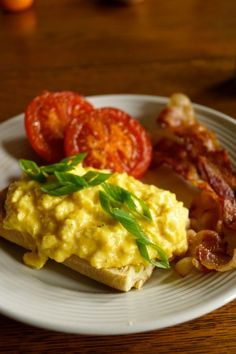 My preparation of my favorite breakfast, Gordon Ramsay's creamy scrambled eggs. Served over seasoned toast and garnished with fresh chive. Ramsay Chef, Chef Gordon Ramsay, Egg Recipes, Kitchen Recipes, Healthy Recipes, Chef Recipes, Healthy Food, Scottish Recipes, Turkish Recipes