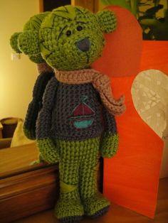 teddy Crochet Teddy, Crochet Bear, Bears, Free Pattern, Dinosaur Stuffed Animal, Teddy Bear, Toys, Crafts, Animals