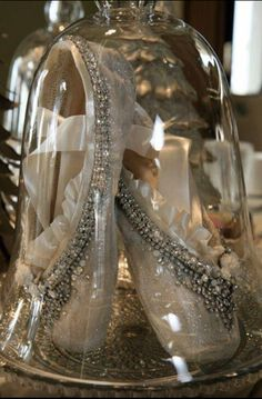 """Are these not the most gorgeous pointe shoes you have ever seen, or what? Great craft idea to do with old pointe shoes! ©Sheri Leblanc."" I am so doing this."