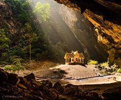 Phraya Nakhon Cave, サーム ローイ ヨートの写真