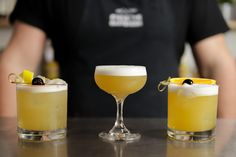 Good Whiskey, Rye Whiskey, Bourbon Whiskey, Sour Cocktail, Cocktail Book, Cocktail Recipes, Drink Recipes, Whisky Sour Recipe, Sour Foods