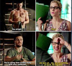 Arrow - Felicity & Oliver too cute Arrow Felicity, Oliver And Felicity, Felicity Smoak, Arrow Funny, Arrow Memes, Stephen Amell Arrow, Arrow Oliver, I Love Series, Cw Series