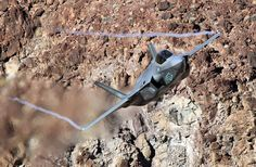 Watch F-35s Do A Spectacular Low-Level Flyby Over Photographers At Star Wars Canyon - The Drive