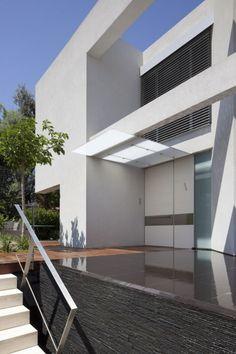 Ch House, Tel Aviv Israel    Domb Architecture