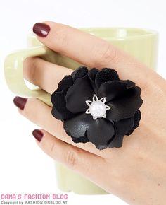 DIY Leather flower ring