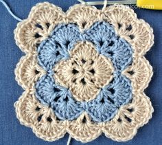 Transcendent Crochet a Solid Granny Square Ideas. Inconceivable Crochet a Solid Granny Square Ideas. Point Granny Au Crochet, Crochet Square Blanket, Granny Square Crochet Pattern, Crochet Blocks, Crochet Stitches Patterns, Crochet Squares, Crochet Motif, Stitch Patterns, Crochet Flowers