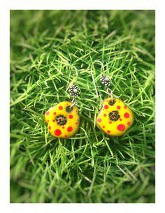 Boules d'oreilles en céramique