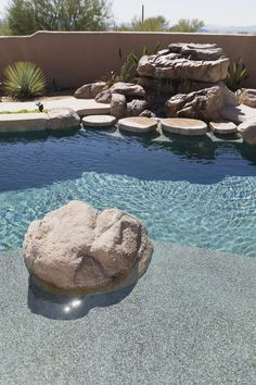 Rocks and boulders can add interest to any landscape, garden or yard. Large boulders are expensive, heavy and difficult to move. Hypertufa boulders, composed of peat moss,...