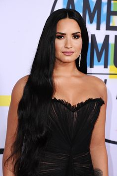 American Music Awards 2017 em Los Angeles, CA (Red Carpet)   19 Nov