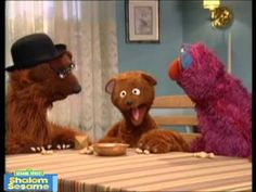 Baby Bear gives Telly a lesson in playing dreidel--a traditional Chanukah pastime using a special four-sided spinning top with a Hebrew letter printed on eac. Hanukkah Traditions, Kwanzaa, Feliz Hanukkah, Hebrew School, H Design, Holidays Around The World, Preschool Christmas, Holiday Themes, Your Child