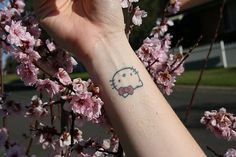 hello kitty tatoo